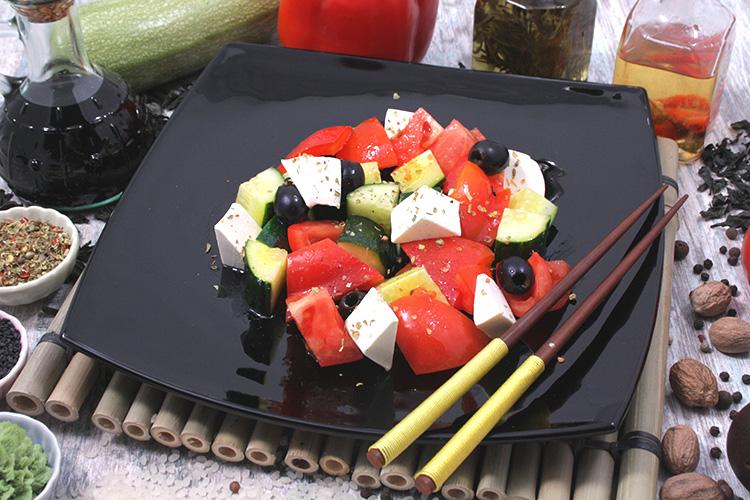 Греческий салат, 180 г